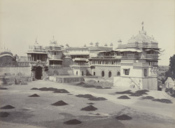 Old Palace, Hathian pole and Bara Mahal, [Kota]
